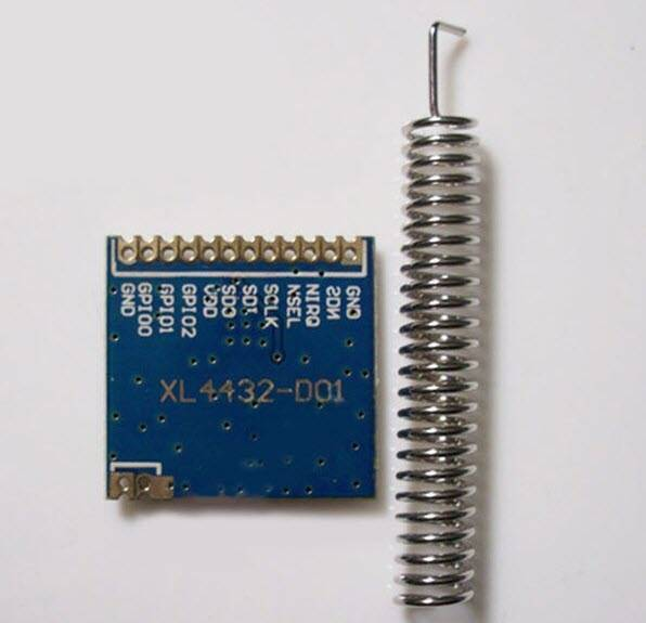 XL4432-SMT SI4432 High Speed Wireless Transmission Module Blue for DIY MCU in Pakistan