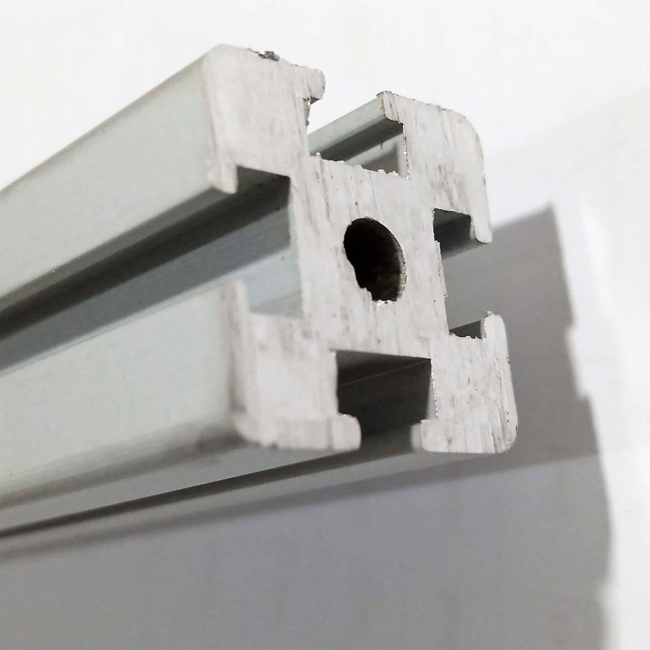 2020 Aluminum Profile / Aluminium Extrusion For CNC And 3D Printer