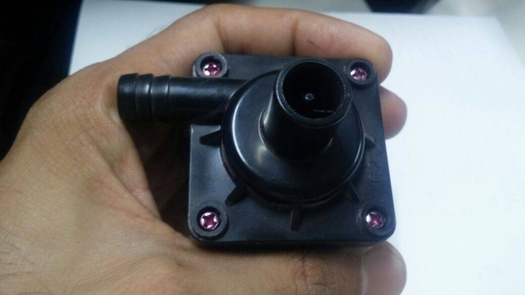 12V DC 8Watt Brushless Water Pump